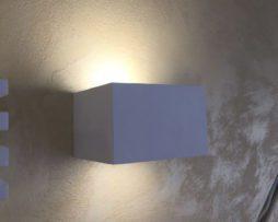 Applique in gesso cubo basso con doppio vetro r s art u luceled