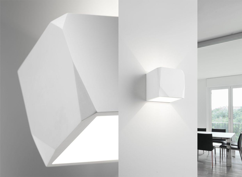 Plafoniere Da Muro Moderne : Sforzin applique da parete in gesso cubo opus t u luceled