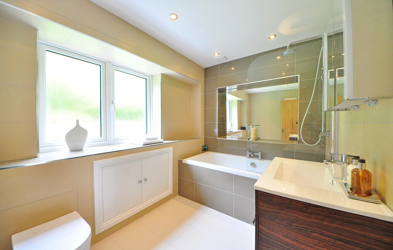 Consigli per illuminare il tuo bagno