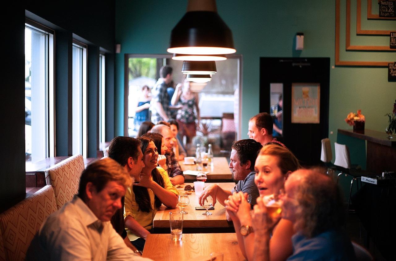 Limportanza della luce in un bar o ristorante luceled