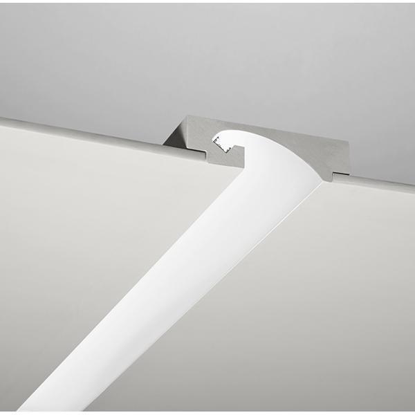 Profilo lineare in gesso da incasso per strip led canalina for Lampade led incasso