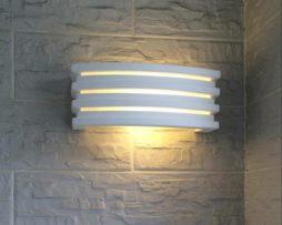 Applique in gesso da parete con attacco e lampada con vetro